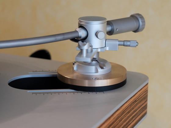 Groovemaster 2 mit Bronze Basis