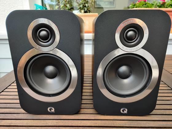 Q-Acoustics 3020i Front