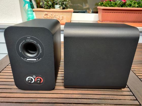 Q-Acoustics 3020i Rückansicht