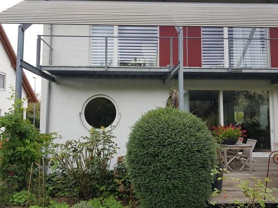Haus von hinten small