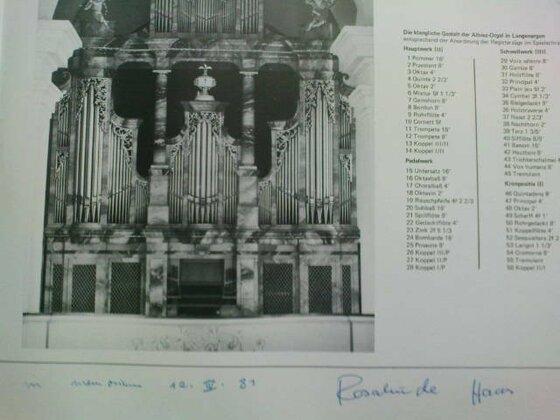 Von Rosalinde Haas signierte LP mit Orgelwerken von Max Reger