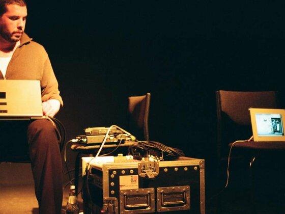 Phillip Schulze live in der Aachener Klangbrücke, 11.10.2010