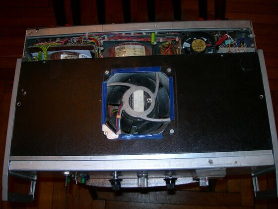 Verstarker EL 34/Oben/ mit Ventilator