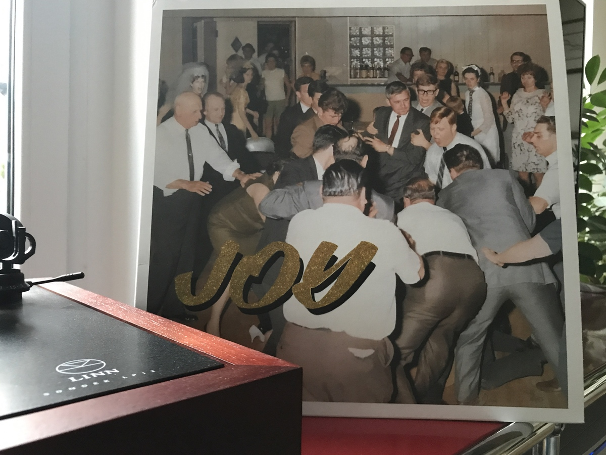 """Idles """"Joy as an act of Resistance"""""""