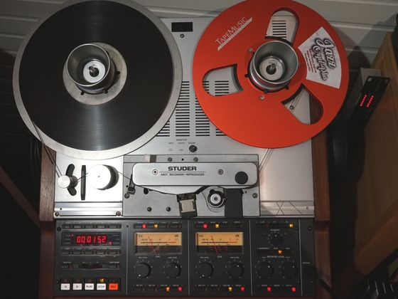 Studer A 807 mit neuer Spule von tapemusic.eu