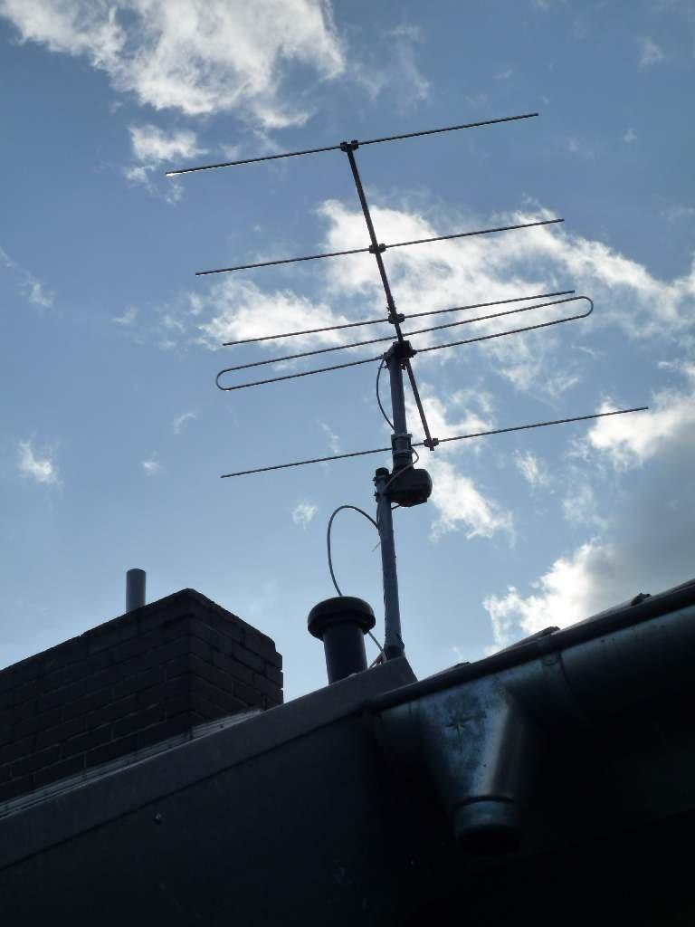 hilfe meine antenne singt pfeift brummt und vibriert. Black Bedroom Furniture Sets. Home Design Ideas