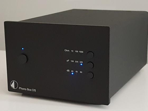 Das freut das 2M Blue: Die Phonobox DS von Pro-Ject