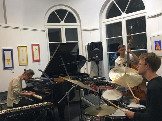 Contrast Trio am 22.6.2018 im Nebbienschen Gartenhaus