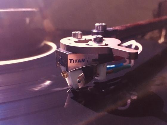 Lyra Titan 1