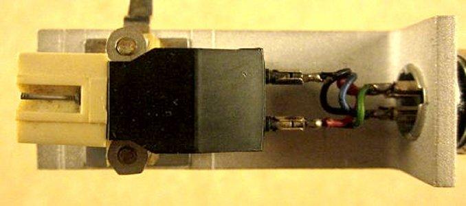 Unirtra MF-100 03