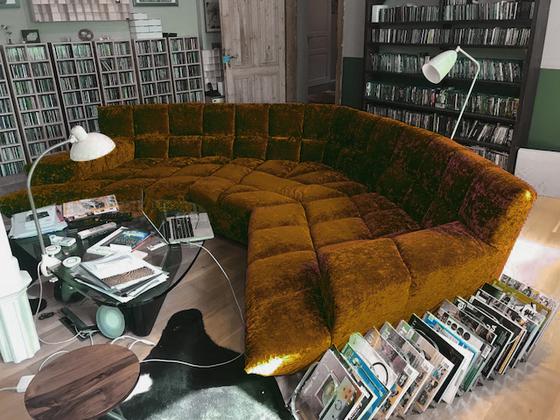 sofa jürgen farbe passend zu den neuen hörner