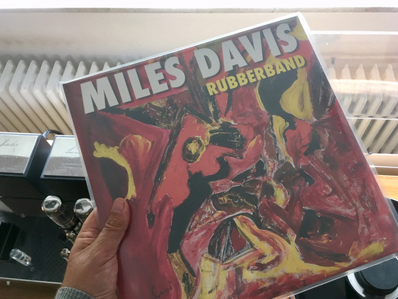 miles-rubberband