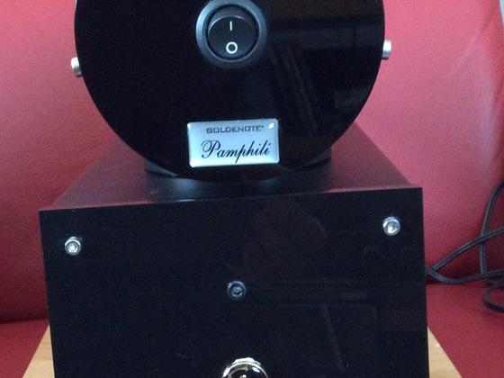 GOLDNOTE Phonostufe (2-teilig) Pamphili Battery