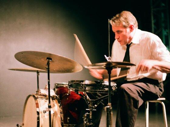 Paul Lovens live in der Aachener Klangbrücke, 12.12.2008