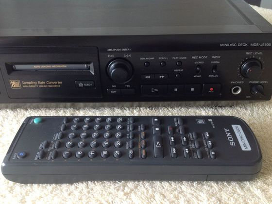 SONY Minidisc-Recorder MDS-JE500 - front3
