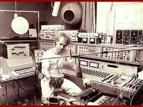Francois Bayle 1974 im GRM-Studio